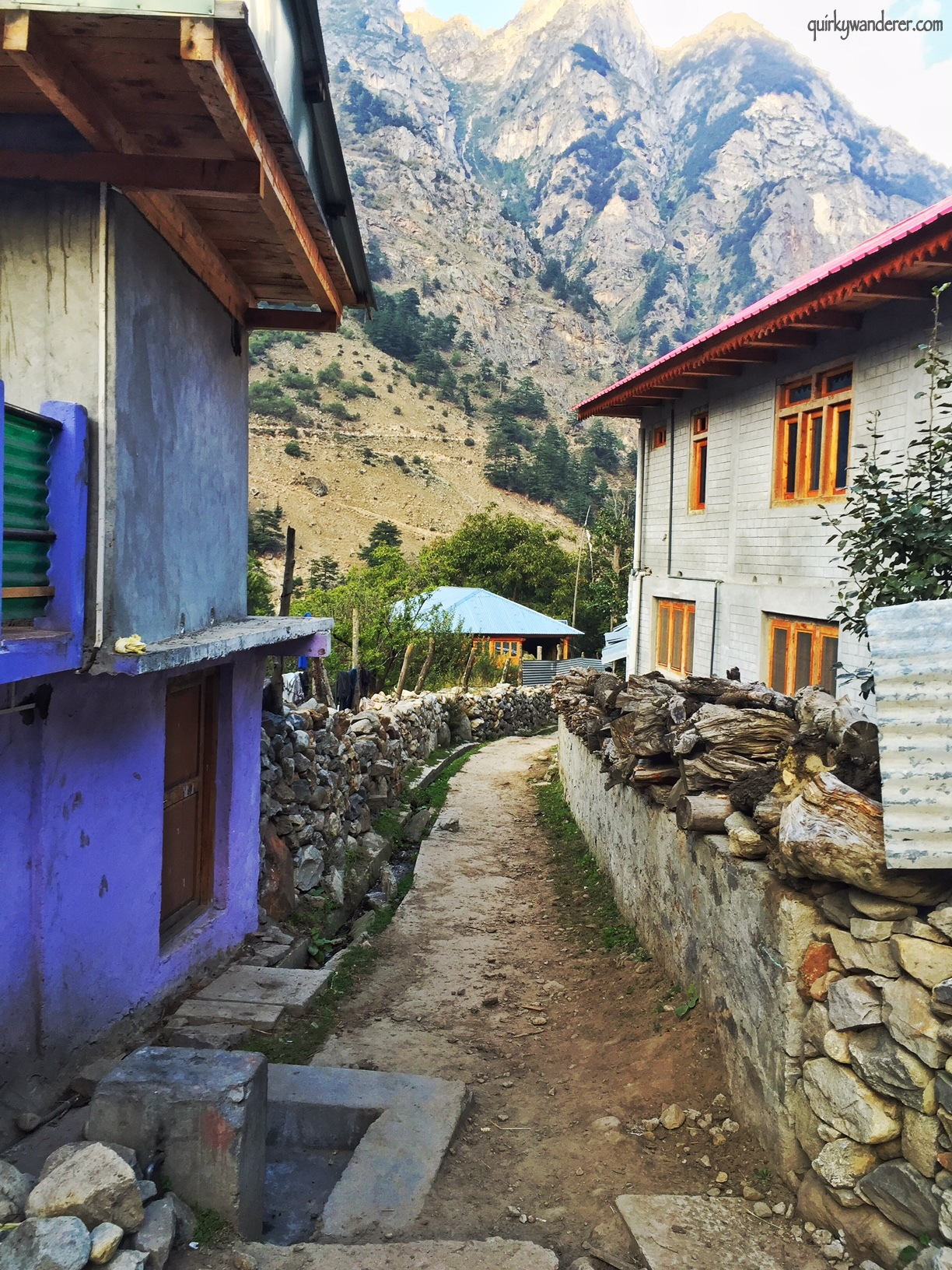 batseri-village-walk-sangla-valley