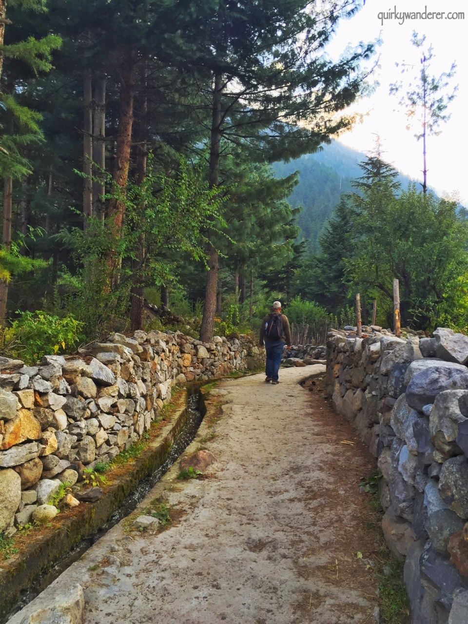 walk-in-batseri-sangla-valley