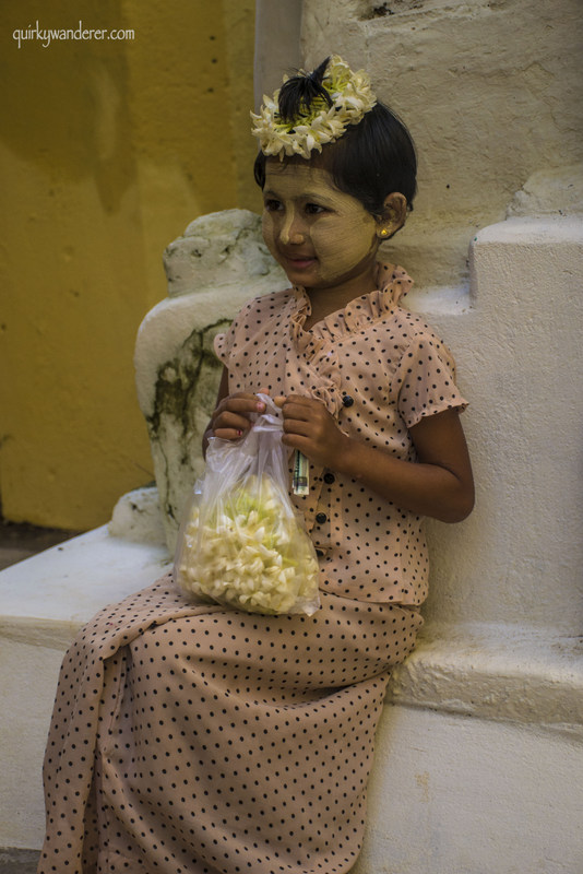 bagan-burmese-kid-flowers