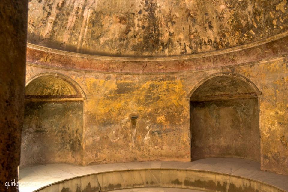 Pompeii public baths