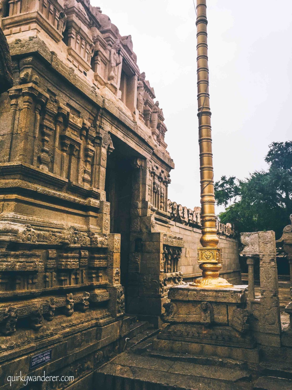 Lepakshi is a small town in Andhra Pradesh and makes for an ideal getaway from Bangalore. It is known for the famous Veerbhadra temple whose 16th century stone architecture is worth a mention.
