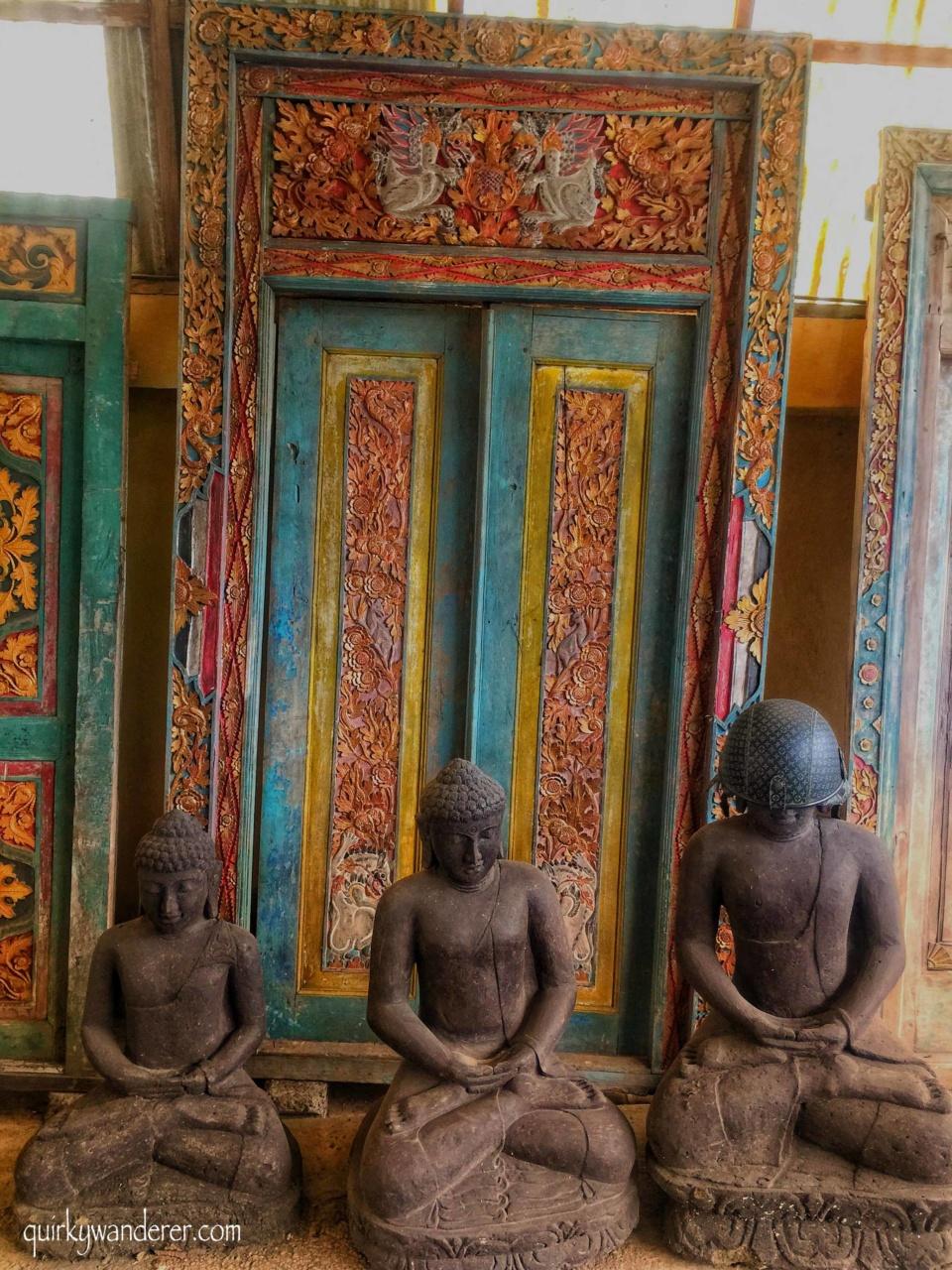 doors in Bali